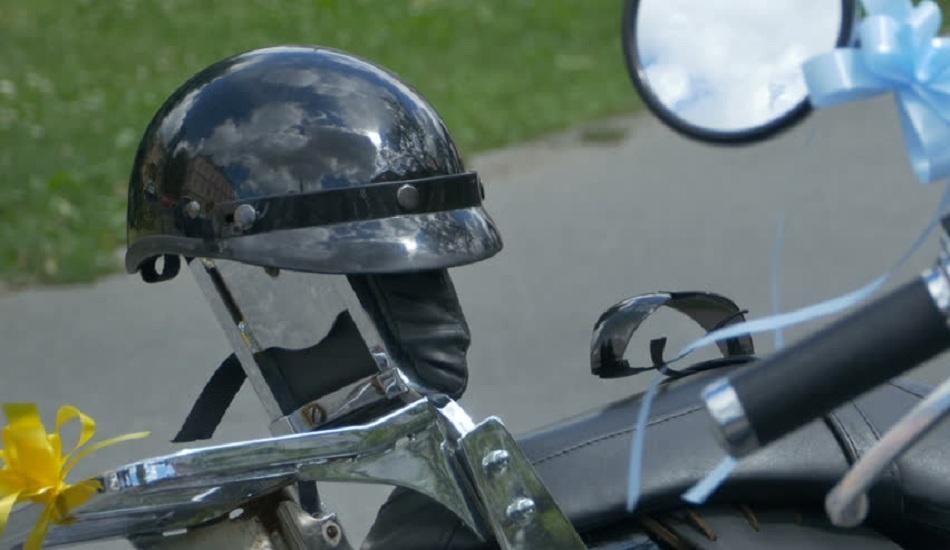 Leaving Helmet on Motorcycle