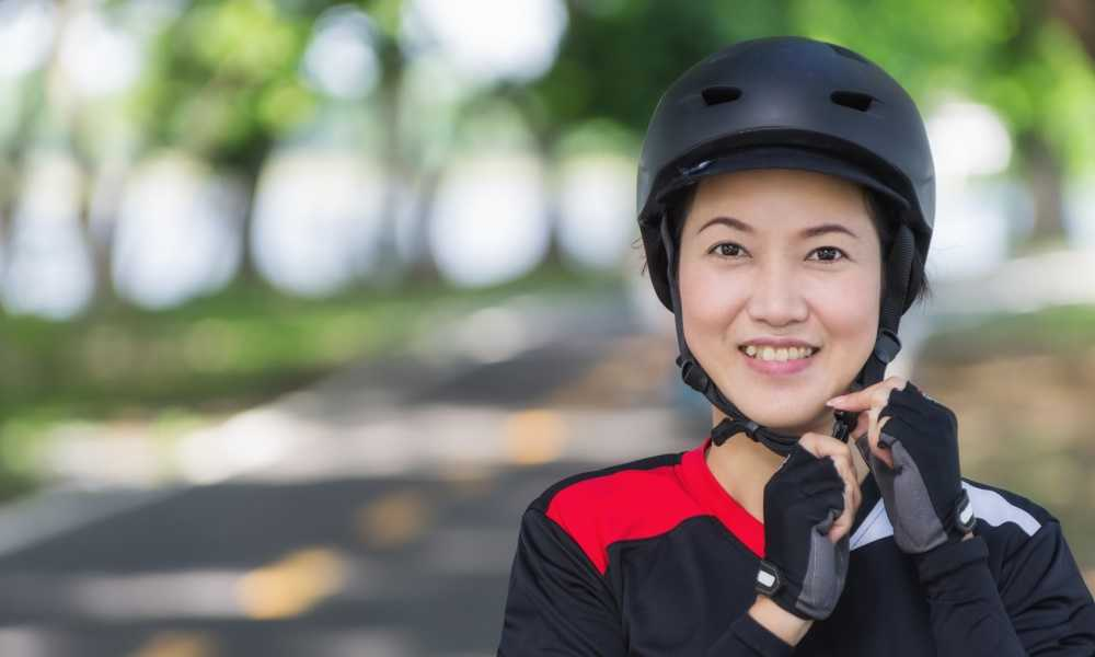 How to Make a Motorcycle Helmet Fit Better